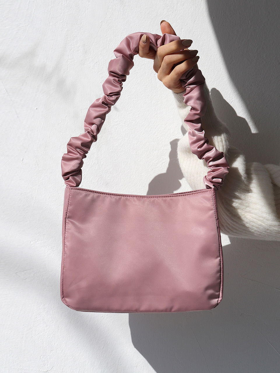 shirring shoulder bag - pink