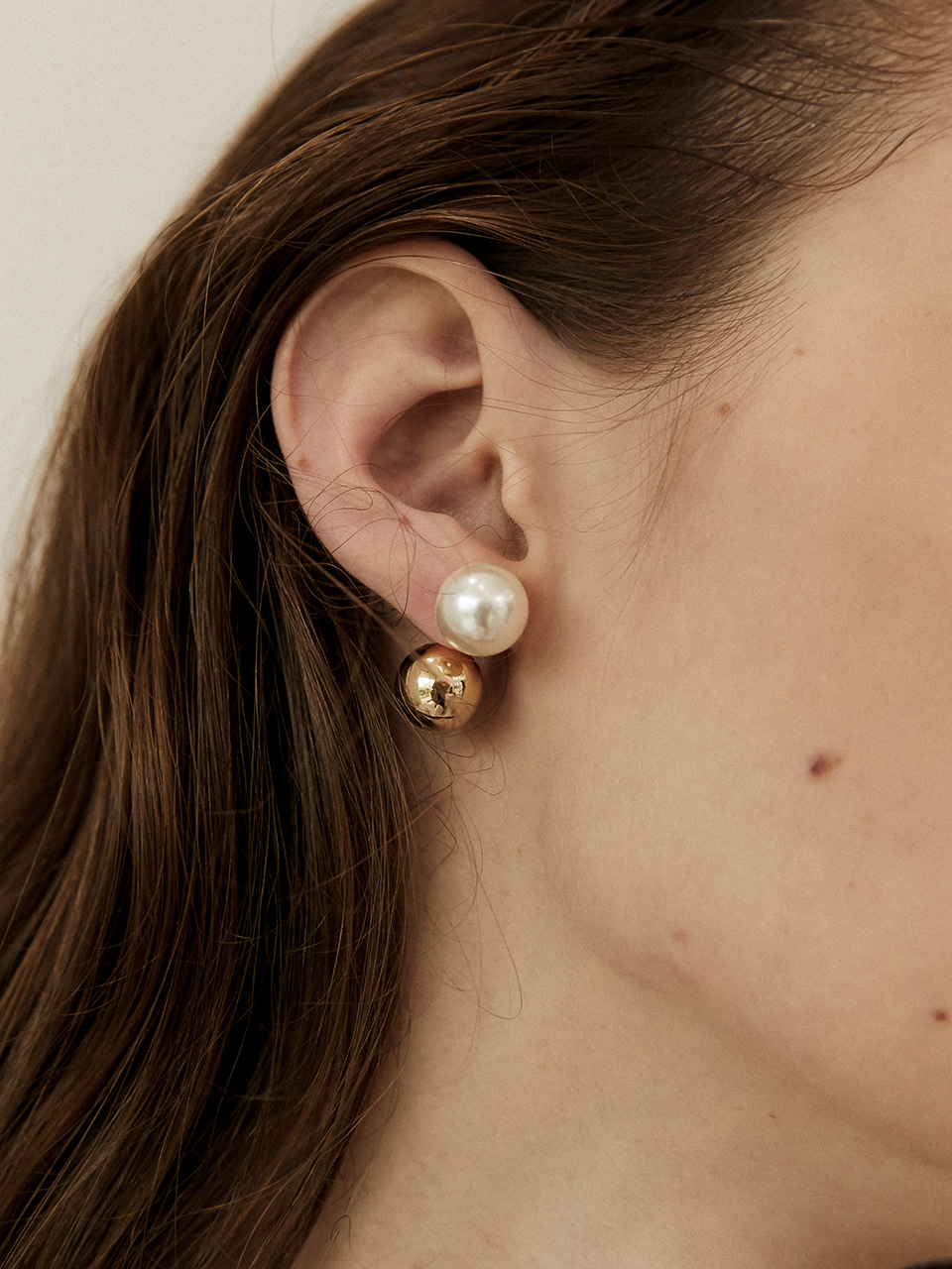 one ball earring