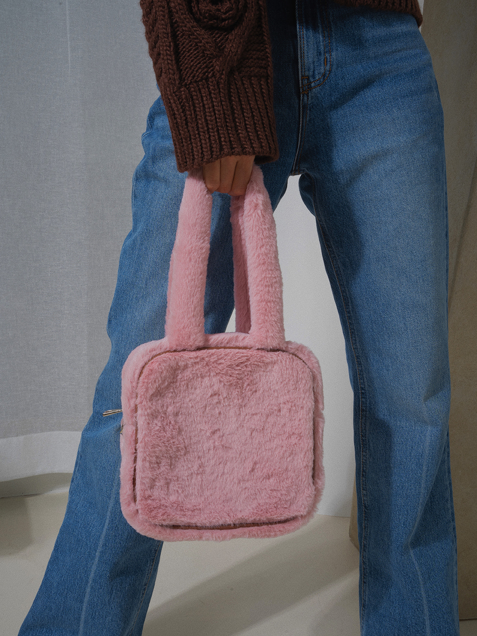 midnight square fur bag - pink