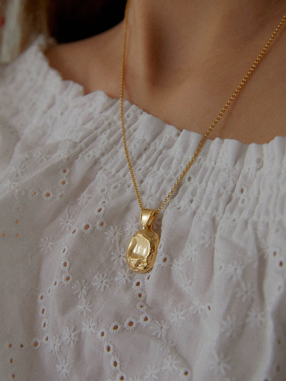 crumple necklace