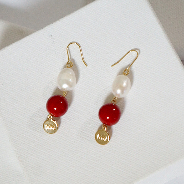 pearl red MM earring