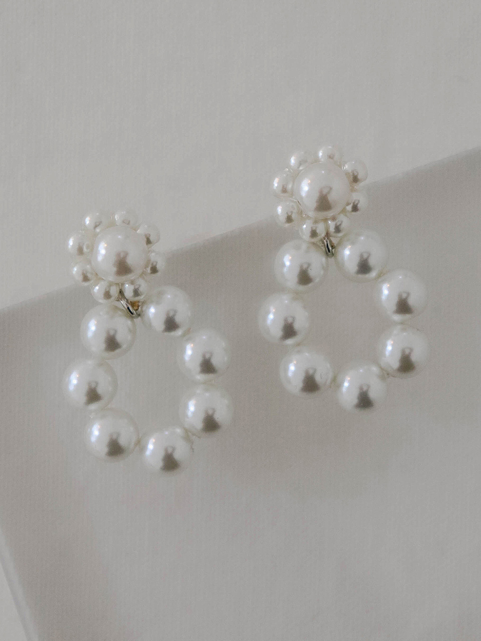 pearl blossom earring