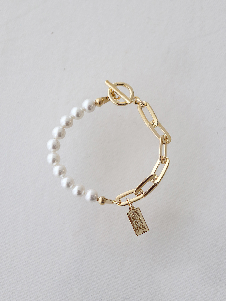 part pearl bracelet